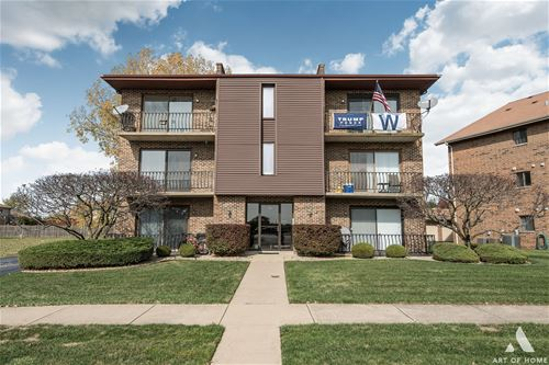 8112 168th Unit 2W, Tinley Park, IL 60477