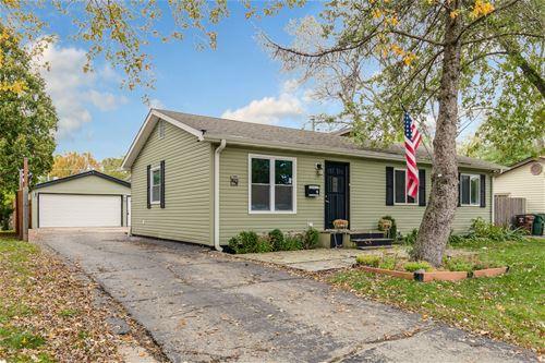 649 N Emerald, Mundelein, IL 60060