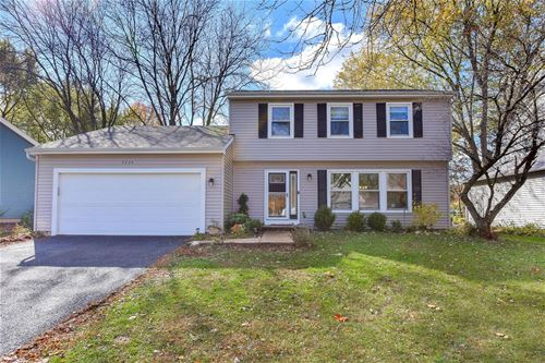 2225 Woodland, Naperville, IL 60565