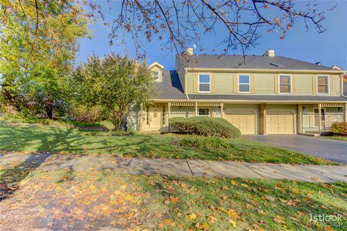 1461 Queensgreen, Naperville, IL 60563