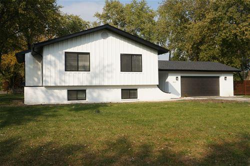 28W104 Plainview, Naperville, IL 60564