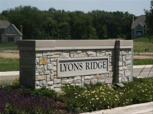 840 Lyons Ridge, Cary, IL 60013
