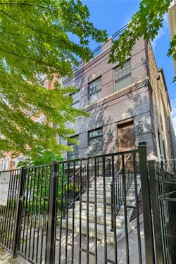 2739 N Southport, Chicago, IL 60614