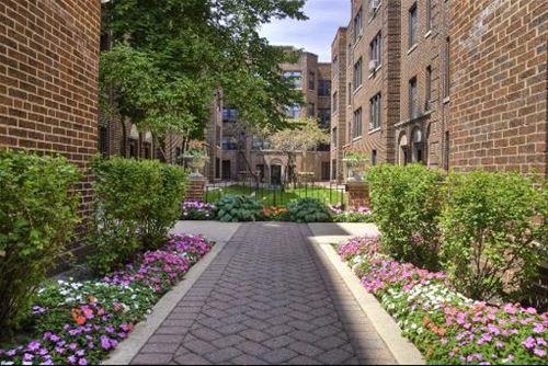 632 W Addison Unit 55, Chicago, IL 60613 Lakeview