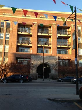 1350 W Fullerton Unit 404, Chicago, IL 60614 Lincoln Park