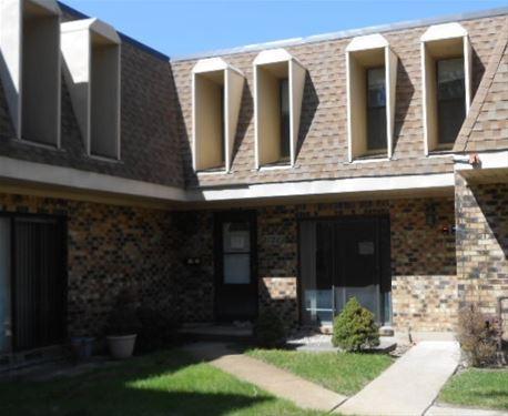 2120 Country Club Unit 2120, Woodridge, IL 60517