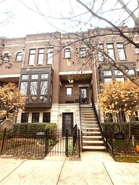 1709 W George, Chicago, IL 60657 Lakeview