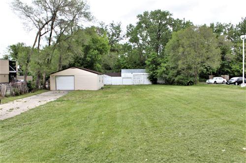 1812 E Riverside, Loves Park, IL 61111