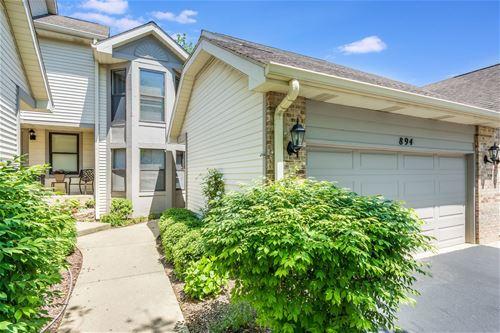 894 N Auburn Woods, Palatine, IL 60067