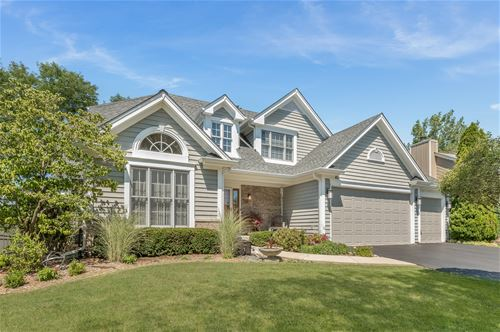 740 Persimmon, West Chicago, IL 60185