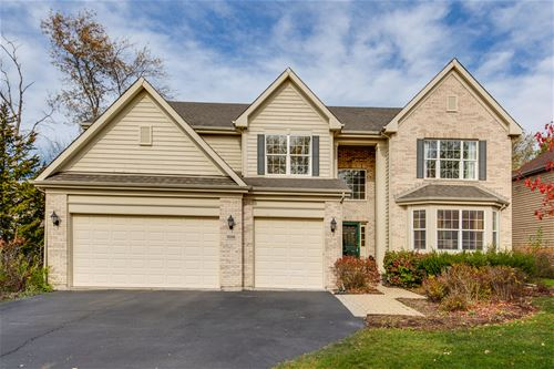 1056 W Kenilworth, Palatine, IL 60067