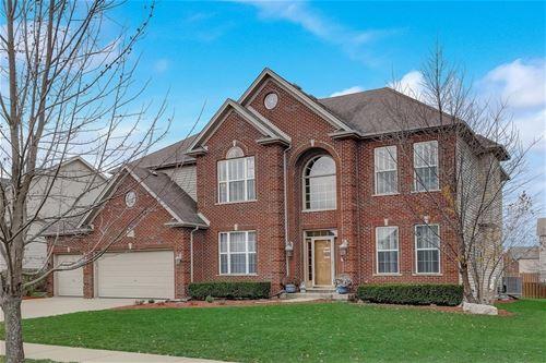 394 Bloomfield, Oswego, IL 60543