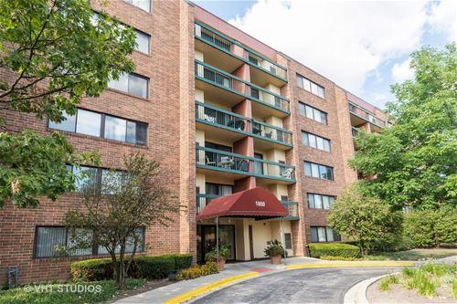 1800 Huntington Unit 610, Hoffman Estates, IL 60169
