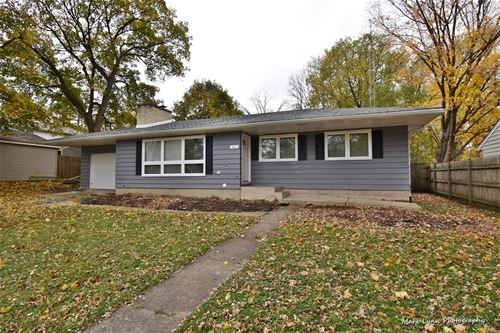 803 State, St. Charles, IL 60174