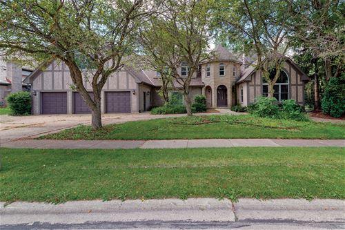 624 Robinwood, Wheaton, IL 60189
