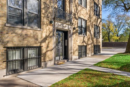 1424 W Cullom Unit G, Chicago, IL 60613 Graceland West