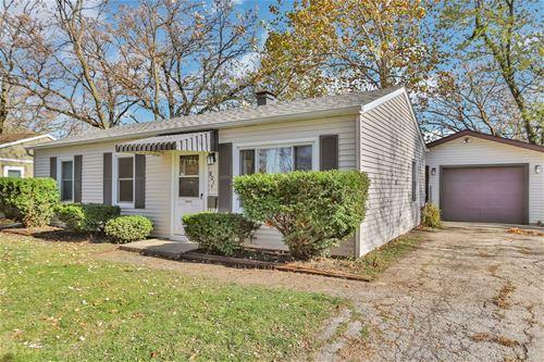 801 S Pine, Streamwood, IL 60107
