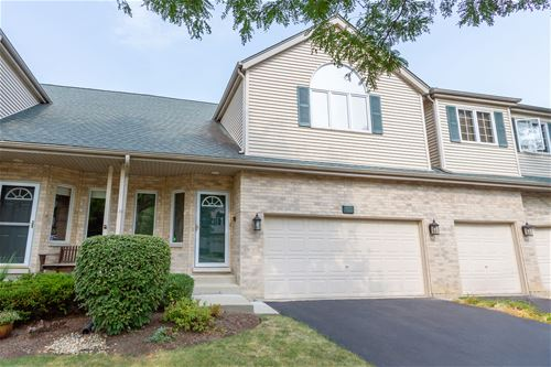 613 Charlemagne, Roselle, IL 60172