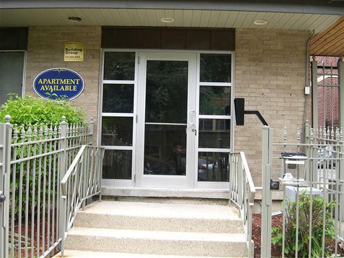 528 W Wellington Unit 201, Chicago, IL 60657 Lakeview