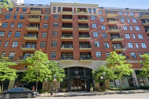 33 W Huron Unit 501, Chicago, IL 60654 River North