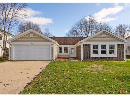 2303 Appleby, Wheaton, IL 60189