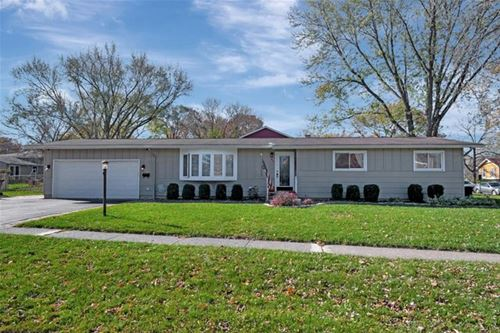 816 1st, Cary, IL 60013