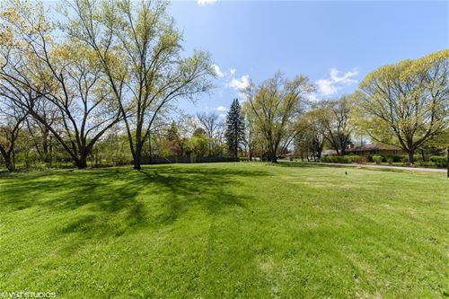 100 Marberry, Prospect Heights, IL 60070