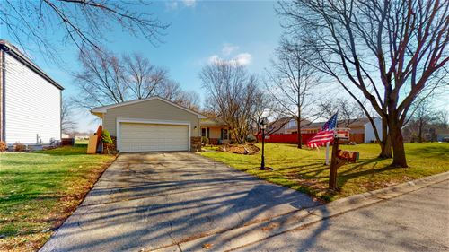 215 Chatham, Roselle, IL 60172