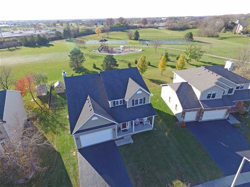 292 Greenview, Crystal Lake, IL 60014