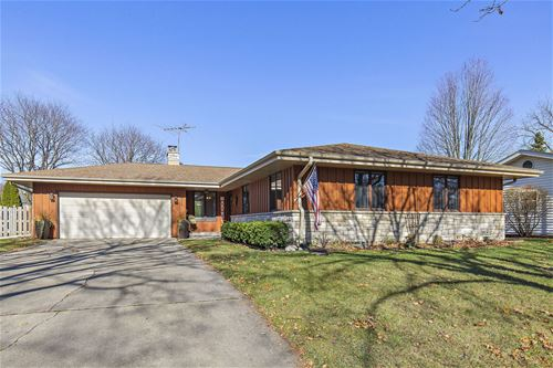 908 Kehoe, St. Charles, IL 60174