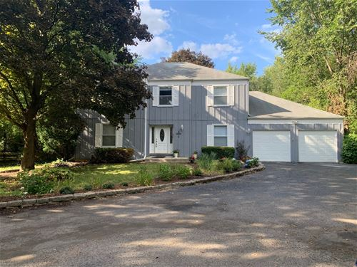 28W626 Hickory, West Chicago, IL 60185