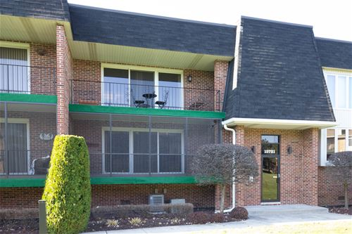 15721 Old Orchard Unit 1S, Orland Park, IL 60462