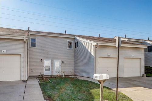 301 E Alpine, Glendale Heights, IL 60139