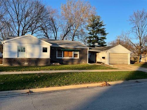 1425 Childs, Wheaton, IL 60187