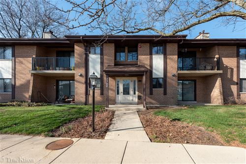 2300 83rd Unit 101, Woodridge, IL 60517