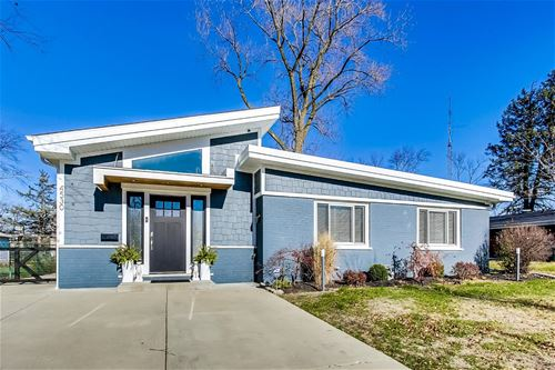 4530 Lilac, Glenview, IL 60025