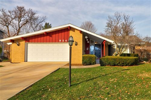 924 61st, Downers Grove, IL 60516