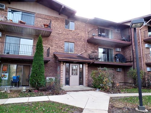 2512 Waterbury Unit 704, Woodridge, IL 60517