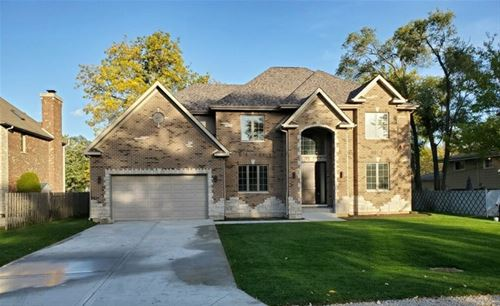 1853 Central, Northbrook, IL 60062