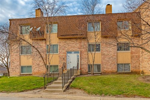 152 N Waters Edge Unit A, Glendale Heights, IL 60139
