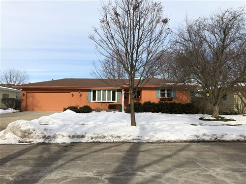 2090 Country Knoll, Elgin, IL 60123