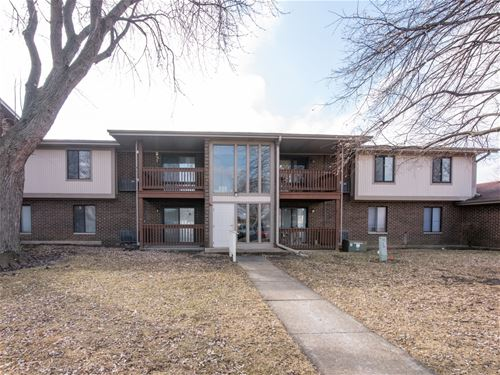 605 Garden Unit 8, Streamwood, IL 60107