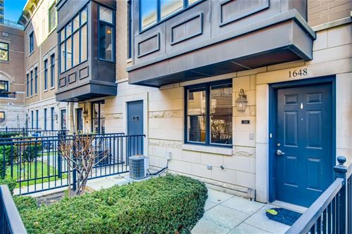 1648 S Indiana, Chicago, IL 60616