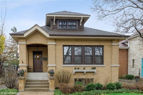 5943 N Kenneth, Chicago, IL 60646 Sauganash