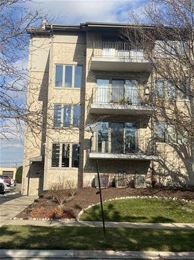 4530 W 93rd Unit 1B, Oak Lawn, IL 60453