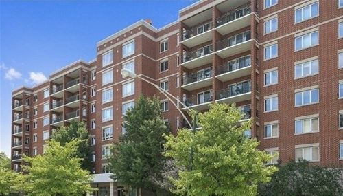 5555 N Cumberland Unit 503, Chicago, IL 60656 O'Hare