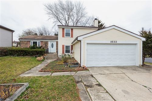 1833 Scarboro, Glendale Heights, IL 60139
