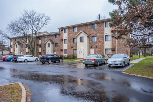 13 Echo Unit 10, Vernon Hills, IL 60061
