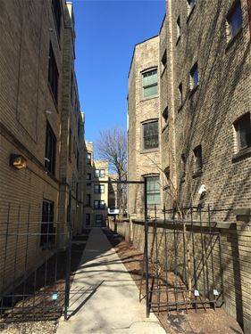 646 W Roscoe Unit 1S, Chicago, IL 60657 Lakeview