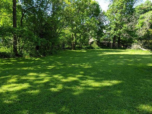 140 Ravine Forest, Lake Bluff, IL 60044